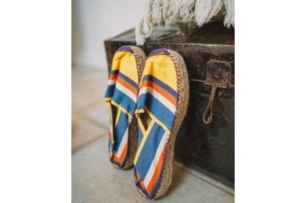 Platform espadrille with stripes